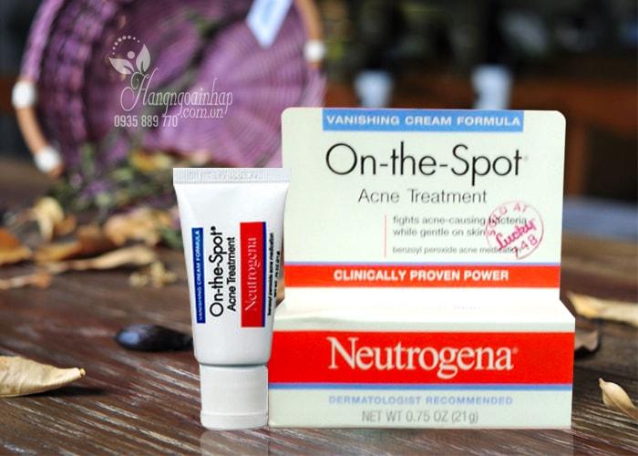 Kem trị mụn Neutrogena On-The-Spot Acne Treatment Reivew