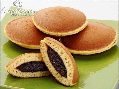 Cách làm bánh rán Đôrêmon nhân đậu đỏ đơn giản ảnh 9